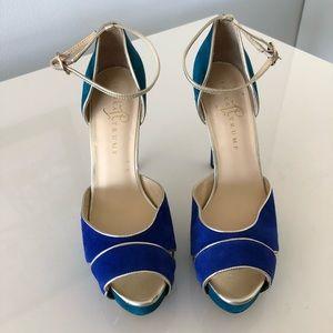 Color blocked platform heels